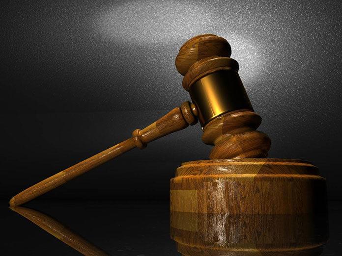Prawnik czy zewnętrzna kancelaria- co wybrać do obsługi prawnej?
